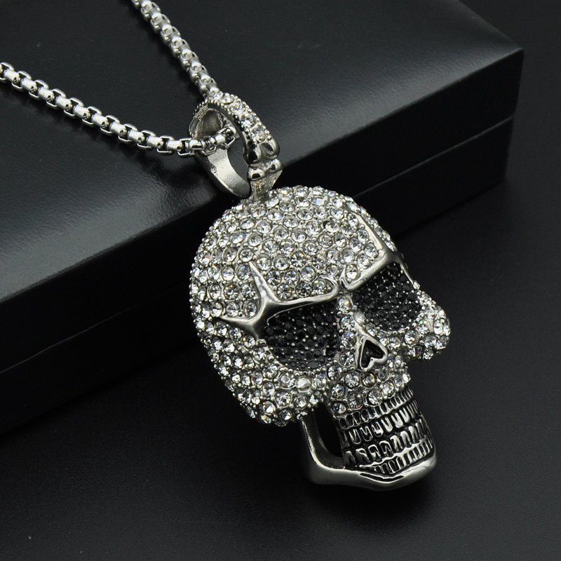 Ice Skull Necklace Aesir Design